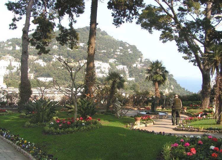 Capri photos for Garden giardini