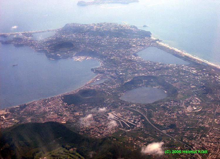 Golf von neapel fotos und panoramen for Lago lucrino